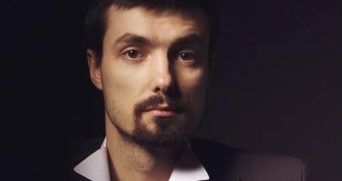 Ведущий Алексей Гринчик