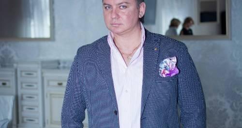 Ведущий Сергей Комиссаров
