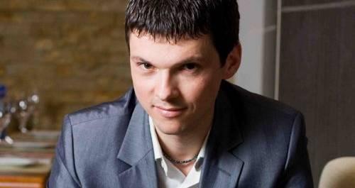 Ведущий Сергей Шуляк